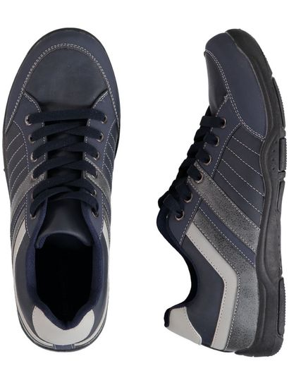 Men Lace-Up Trainer