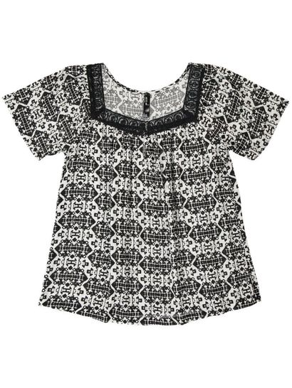 WR GEO LACE PEASANT TOP WOMENS