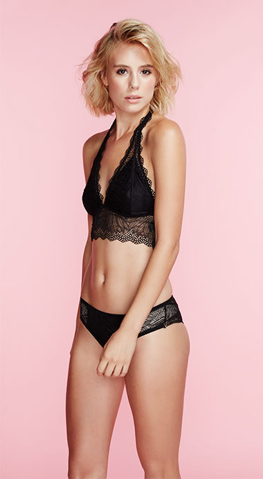 Miss Mango Lingerie Look 2