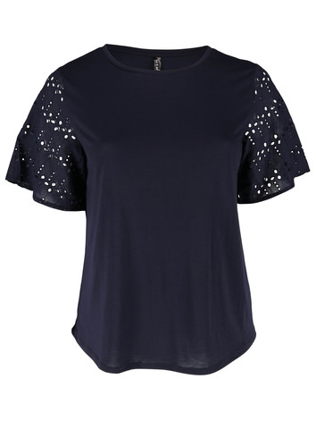a2b44db3f93e Plus Size Tops and T-Shirts for Women   Best&Less™ Online