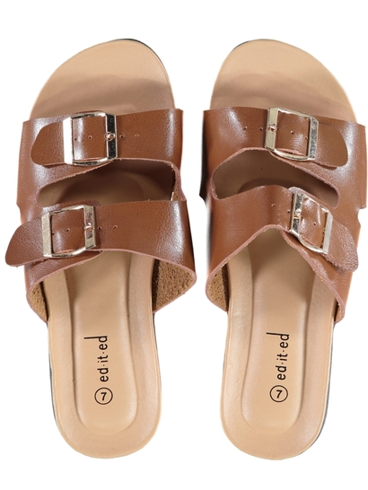 Women Buckle Comfort Sandal