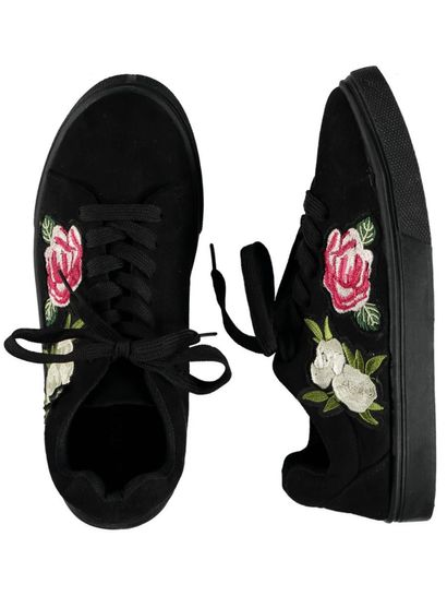 Girl Flower Badge Lace Up